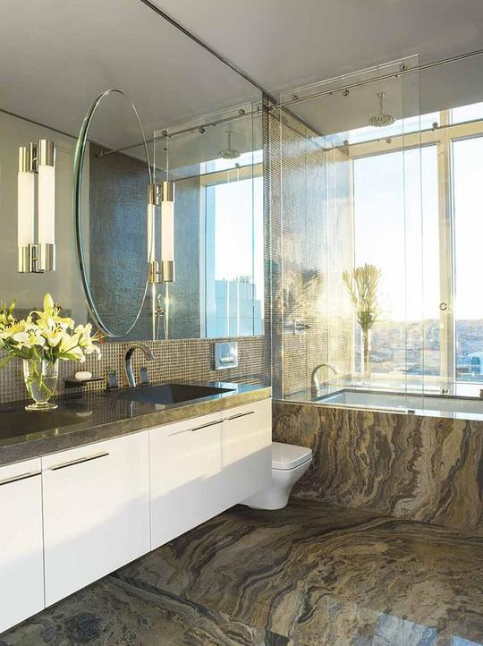 Chỉ nhờ mẹo thiết kế này mà phòng tắm luôn khiến người dùng thoải mái - Ảnh 16.