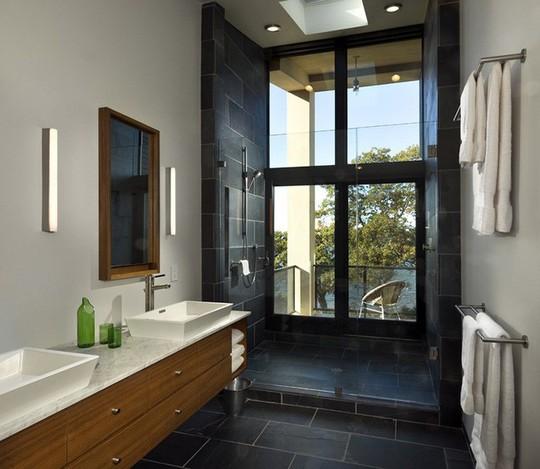 Chỉ nhờ mẹo thiết kế này mà phòng tắm luôn khiến người dùng thoải mái - Ảnh 8.