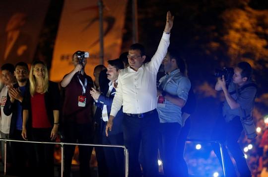 Sức ép bủa vây Tổng thống Thổ Nhĩ Kỳ - Ảnh 1.