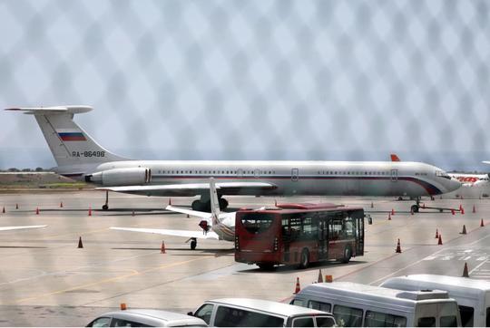 Máy bay Không quân Nga tới Venezuela - Ảnh 1.