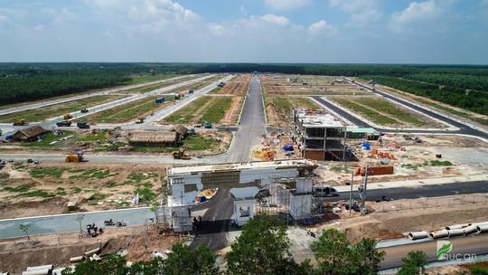 Cận cảnh khu đô thị hoàn chỉnh hạ tầng tại Bình Dương - Ảnh 1.