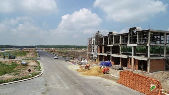 Cận cảnh khu đô thị hoàn chỉnh hạ tầng tại Bình Dương - Ảnh 4.