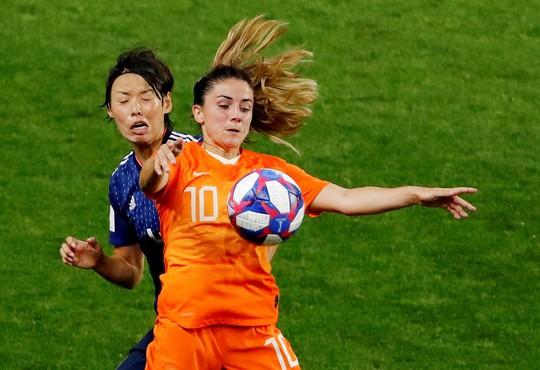 Bàn thắng phút 90 giúp Hà Lan loại Nhật Bản, vào tứ kết World Cup gặp Ý - Ảnh 5.