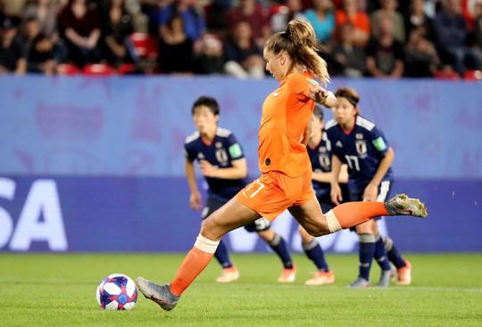 Bàn thắng phút 90 giúp Hà Lan loại Nhật Bản, vào tứ kết World Cup gặp Ý - Ảnh 2.