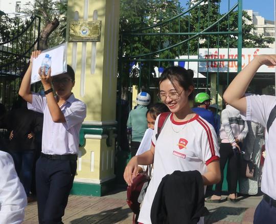 Ngắm vẻ đẹp tinh khôi của các thí sinh ở Khánh Hòa - Ảnh 8.