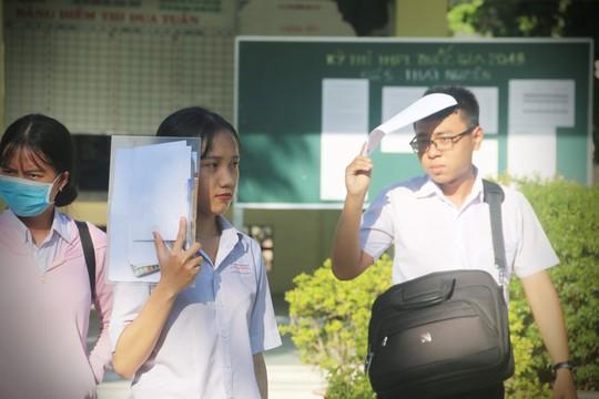 Ngắm vẻ đẹp tinh khôi của các thí sinh ở Khánh Hòa - Ảnh 2.