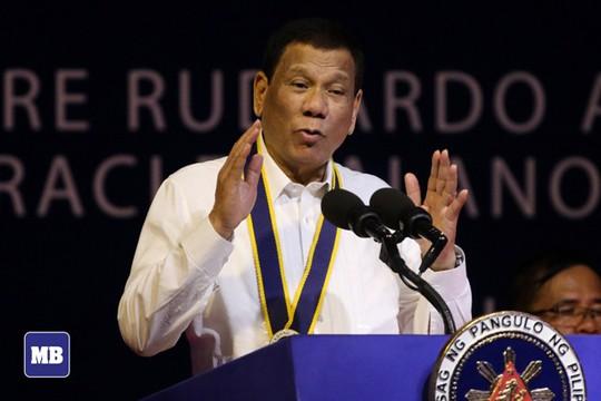 Ông Duterte thách Mỹ, Anh và Pháp ngăn Trung Quốc ở biển Đông - Ảnh 1.