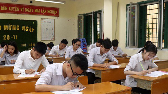 Giám thị làm sai, thí sinh Sơn La, Lào Cai phải thi lại môn ngữ văn - Ảnh 1.