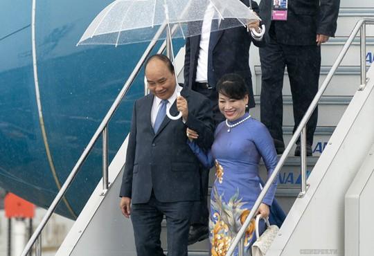 Thủ tướng tới Nhật Bản tham dự Hội nghị Thượng đỉnh G20 - Ảnh 1.