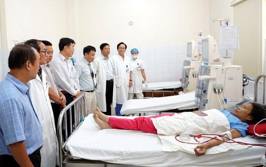 PV GAS tài trợ thiết bị y tế cho Bệnh viện Trung ương Huế - Ảnh 3.