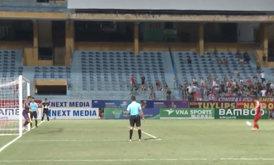 Tuyển thủ U23 trình diễn sút panenka, Viettel văng khỏi cúp Quốc gia - Ảnh 2.