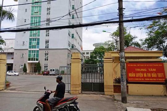Bat Chu tich Lien doan bong da Thanh Hoa