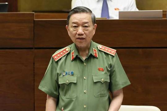 Bộ trưởng Tô Lâm: Đang điều tra phụ huynh đưa tiền để nâng điểm thi cho con - Ảnh 1.