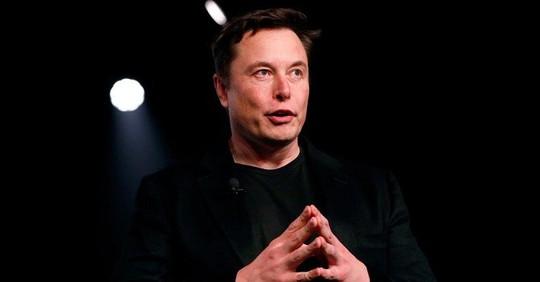 """Chưa đầy nửa năm, tài sản của Elon Musk đã """"bốc hơi"""" 4,9 tỉ USD - Ảnh 1."""