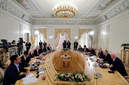 Tổng thống Putin cảnh báo thảm họa ở Venezuela - Ảnh 1.