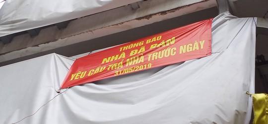 Hon chien kinh hoang o quan Phu Nhuan Nhom nao tan cong truoc