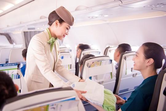 Chuyến bay đặc biệt của Bamboo Airways khởi đầu hành trình bay Xanh - Ảnh 6.