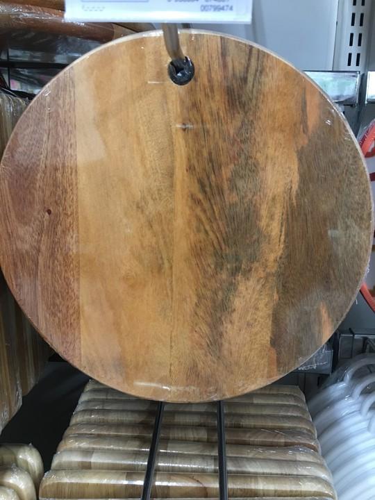 Siêu thị nói gì khi bị khách hàng tố bán thớt gỗ ố, mốc? - Ảnh 3.