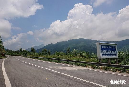 Lên đỉnh đèo Ngang khám phá 'cổng trời' bị lãng quên - Ảnh 11.