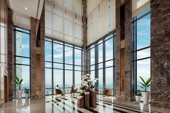 """Đầu bếp nổi tiếng thế giới trổ tài nấu món """"phở chọc trời"""" tại Vinpearl Luxury Landmark 81 - Ảnh 3."""