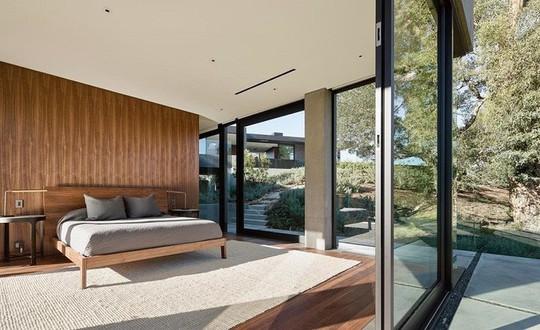 Nằm ở hẻm núi, ngôi nhà gây ngạc nhiên nhờ kết cấu đặc biệt - Ảnh 11.
