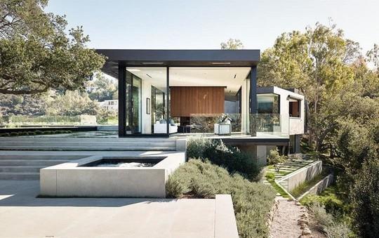 Nằm ở hẻm núi, ngôi nhà gây ngạc nhiên nhờ kết cấu đặc biệt - Ảnh 12.