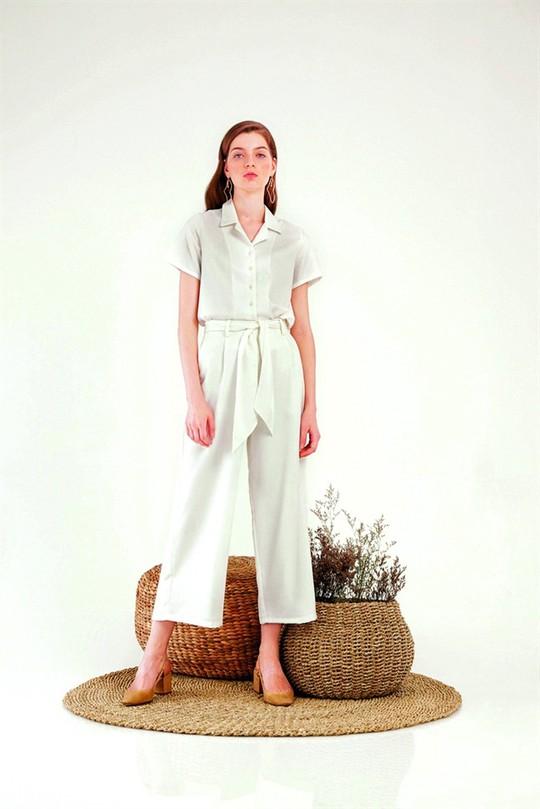 Thời trang cho ngày chợt mưa chợt nắng - Ảnh 3.