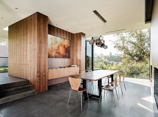 Nằm ở hẻm núi, ngôi nhà gây ngạc nhiên nhờ kết cấu đặc biệt - Ảnh 7.