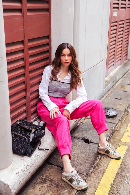 Hồ Ngọc Hà khoe thời trang đường phố lạ mắt - ảnh 1