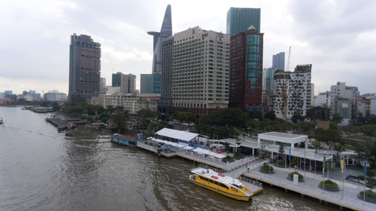 Sông Hồng đẹp hơn sông Sài Gòn, đề xuất tuyến buýt đường thủy để chiêm ngưỡng Thủ đô - ảnh 1
