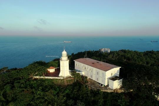 Dulux Weathershield bảo vệ và gìn giữ vẻ đẹp ngọn hải đăng thứ hai của Việt Nam - Ảnh 3.