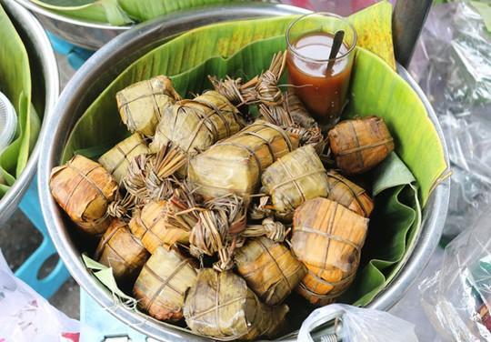 Người Sài Gòn phát sốt với xôi vò nguyên múi sầu riêng khủng - Ảnh 8.