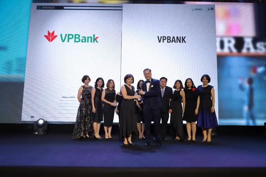 """VPBank được vinh danh """"Nơi làm việc tốt nhất châu Á"""" do HR Asia bình chọn - Ảnh 1."""