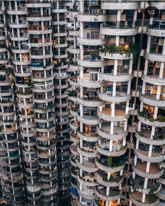 Những công trình kiến trúc kỳ lạ ở Trung Quốc - Ảnh 5.