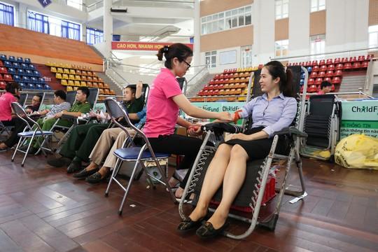BIDV tài trợ chương trình Hiến máu tình nguyện Hành trình đỏ 2019 - Ảnh 2.