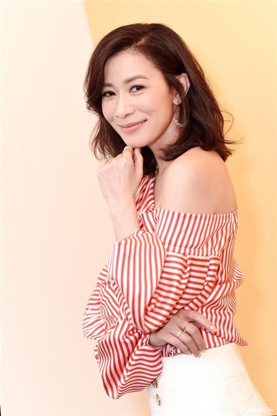 Nhan sắc những nữ minh tinh từng thống trị TVB một thời - Ảnh 1.
