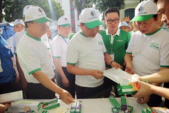 Thủ tướng Nguyễn Xuân Phúc khẳng định: Việt Nam quyết tâm chống rác thải nhựa - Ảnh 4.