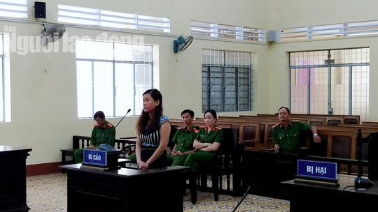 """Nu giam doc vu khong can bo o Ca Mau la """"cuop"""" khong duoc giam an"""
