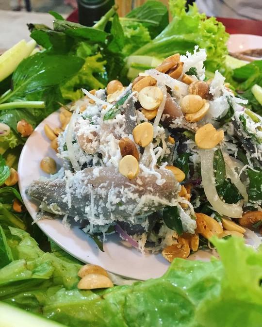 Ghẹ Hàm Ninh, nhum biển và 6 món hải sản ăn không chán ở Phú Quốc - Ảnh 3.