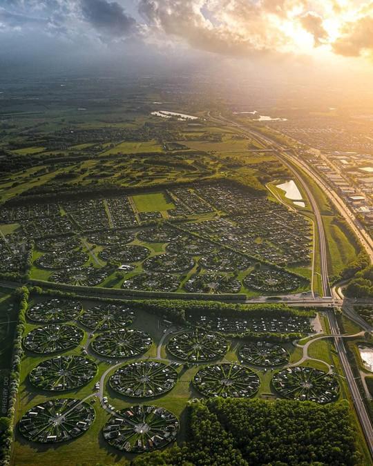 Khám phá nền văn minh ngoài hành tinh ở thủ đô Đan Mạch - Ảnh 3.
