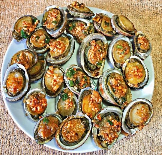 Ghẹ Hàm Ninh, nhum biển và 6 món hải sản ăn không chán ở Phú Quốc - Ảnh 4.