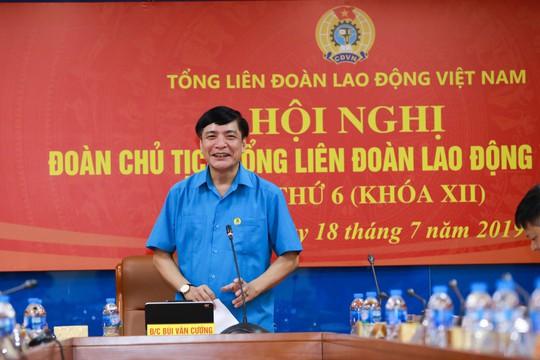 Tổng LĐLĐ Việt Nam tổ chức hội nghị không phát tài liệu bằng giấy - Ảnh 1.