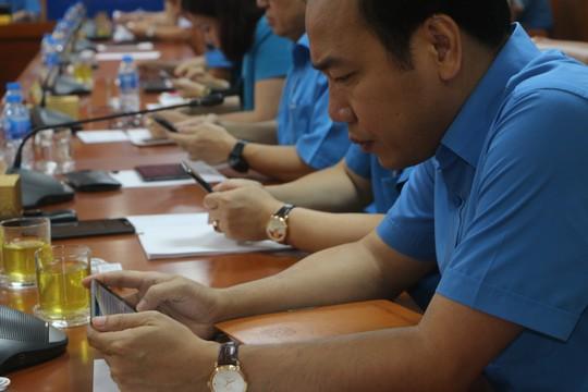Tổng LĐLĐ Việt Nam tổ chức hội nghị không phát tài liệu bằng giấy - Ảnh 9.
