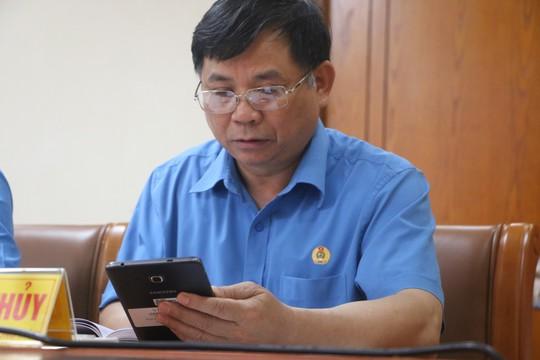 Tổng LĐLĐ Việt Nam tổ chức hội nghị không phát tài liệu bằng giấy - Ảnh 8.