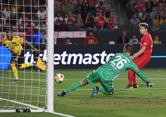 Pháo Arsenal gầm vang, hạ Bayern Munich ở Champions Cup - Ảnh 4.