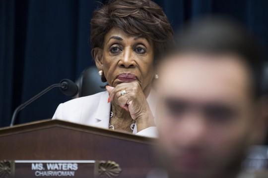 """Nghị sĩ Mỹ muốn Facebook """"bức tử"""" tiền ảo Libra - Ảnh 1."""
