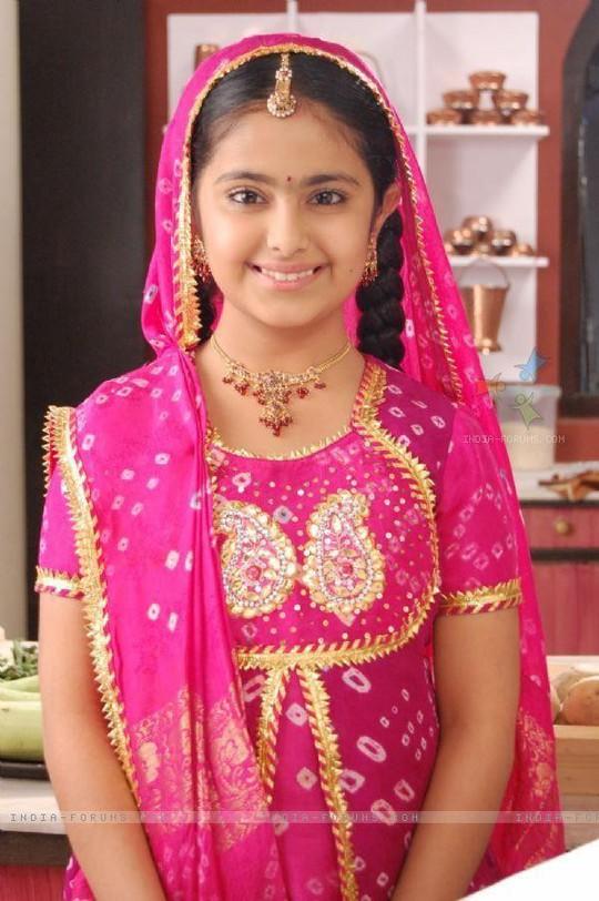 Anandi của Cô dâu 8 tuổi ngày nào giờ đã thành thiếu nữ sexy - Ảnh 1.