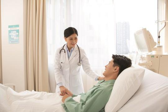 Yoga và bảo hiểm nhân thọ hỗ trợ đẩy lùi ung thư - Ảnh 3.