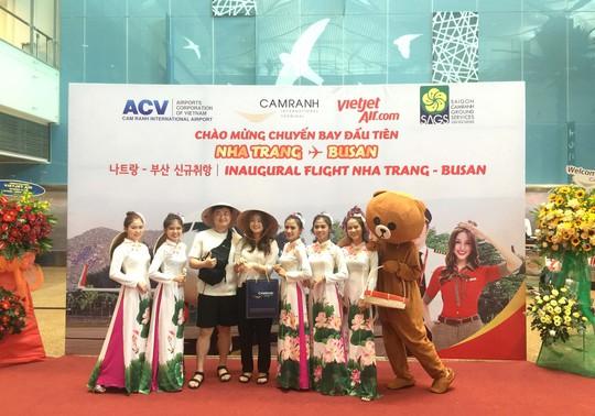 Vietjet mở đường bay thẳng Nha Trang - Busan - Ảnh 1.
