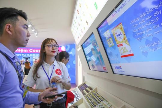 Khám phá bên trong siêu thị ảo đầu tiên tại Việt Nam - Ảnh 2.